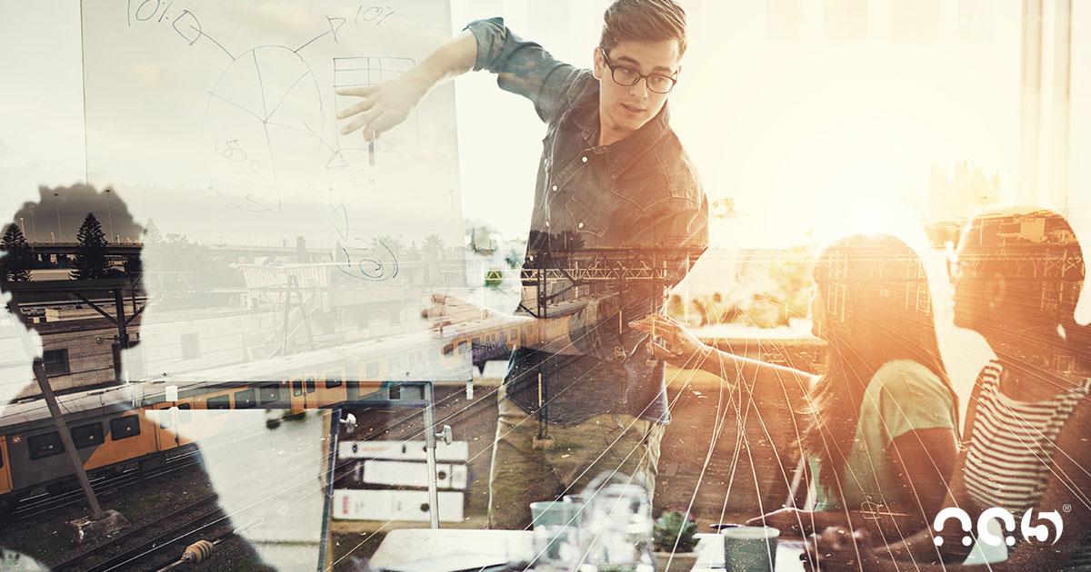 Aumente suas vendas com insights extraídos do HubSpot CRM