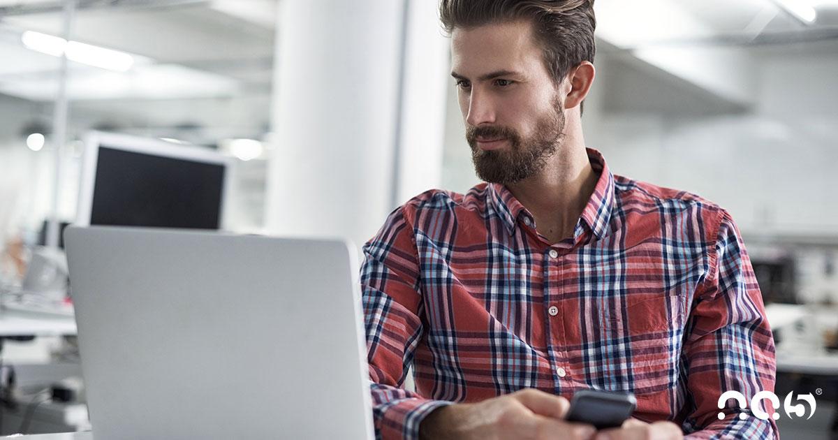Como inserir um arquivo de agenda na sua campanha de marketing com HubSpot
