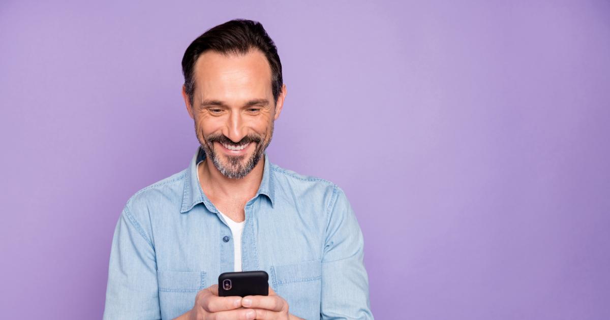 Saia do básico: 3 ideias de disparos de SMS que vão além das promoções